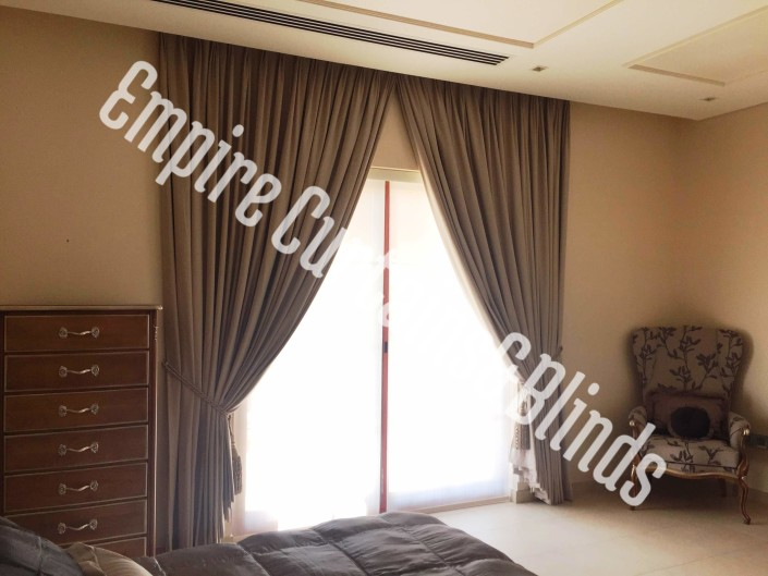 curtains in dubai for villa